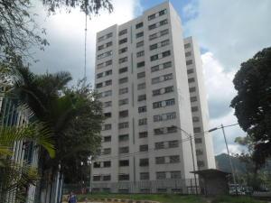 Apartamento En Venta En Caracas, El Valle, Venezuela, VE RAH: 16-19357