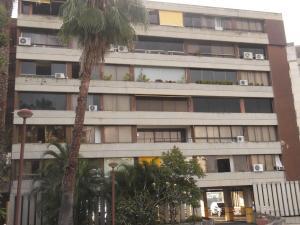 Apartamento En Venta En Caracas, Colinas De Bello Monte, Venezuela, VE RAH: 16-19393