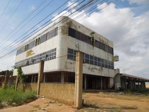 Edificio En Venta En El Tigre, Sector Avenida Intercomunal, Venezuela, VE RAH: 16-19731