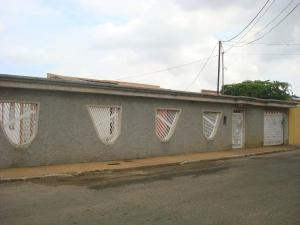 Casa En Venta En Maracaibo, La Macandona, Venezuela, VE RAH: 16-19415