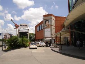 Local Comercial En Alquiler En Caracas, Chacao, Venezuela, VE RAH: 16-19422