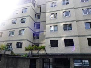 Apartamento En Venta En Caracas, Colinas De Bello Monte, Venezuela, VE RAH: 16-19438