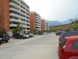 Apartamento En Venta En Guatire, Buenaventura, Venezuela, VE RAH: 16-19447