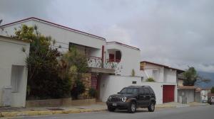 Casa En Venta En Caracas, Los Naranjos Del Cafetal, Venezuela, VE RAH: 16-19455