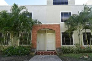 Casa En Venta En Cabudare, Tarabana Plaza, Venezuela, VE RAH: 16-19430