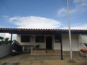 Casa En Venta En Cabudare, La Piedad Norte, Venezuela, VE RAH: 16-19462