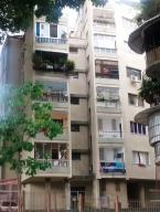 Apartamento En Venta En Caracas, Colinas De Bello Monte, Venezuela, VE RAH: 16-19468