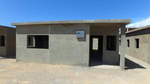 Casa En Venta En Punto Fijo, Puerta Maraven, Venezuela, VE RAH: 16-19511