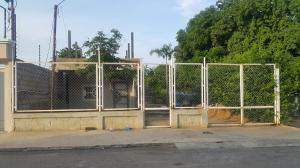 Terreno En Venta En Maracaibo, Don Bosco, Venezuela, VE RAH: 16-19488