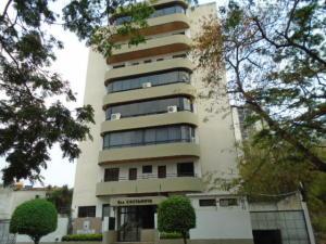 Apartamento En Venta En Valencia, Sabana Larga, Venezuela, VE RAH: 16-19717