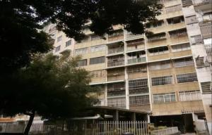 Apartamento En Venta En Caracas, Bello Campo, Venezuela, VE RAH: 16-19514