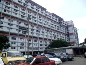 Apartamento En Venta En Caracas, Parroquia 23 De Enero, Venezuela, VE RAH: 16-19526