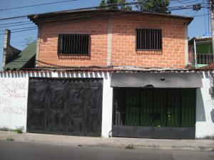 Casa En Venta En Maracay, La Cooperativa, Venezuela, VE RAH: 16-19529