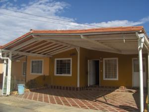 Casa En Venta En Barquisimeto, Hacienda Yucatan, Venezuela, VE RAH: 16-19530