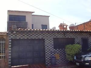 Casa En Venta En Cabudare, Parroquia Cabudare, Venezuela, VE RAH: 16-19555