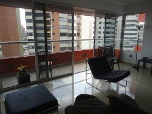 Apartamento En Venta En Maracaibo, 5 De Julio, Venezuela, VE RAH: 16-19554