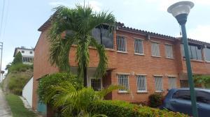 Townhouse En Venta En Guatire, Terrazas De Buena Ventura, Venezuela, VE RAH: 16-19556