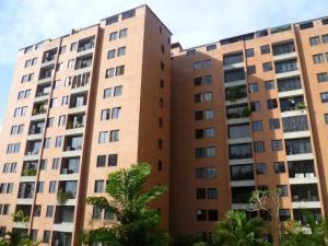 Apartamento En Venta En Caracas, Colinas De La Tahona, Venezuela, VE RAH: 16-19585