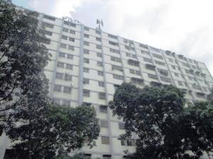 Apartamento En Ventaen Caracas, El Valle, Venezuela, VE RAH: 16-19599