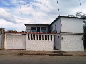 Casa En Venta En Margarita, Juangriego, Venezuela, VE RAH: 16-19624