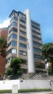 Apartamento En Venta En Caracas, El Rosal, Venezuela, VE RAH: 16-19629