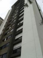 Apartamento En Venta En Caracas, Santa Fe Norte, Venezuela, VE RAH: 16-19636