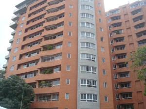 Apartamento En Alquiler En Caracas, El Rosal, Venezuela, VE RAH: 16-19652
