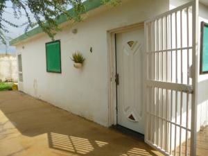 Casa En Venta En Punto Fijo, Guanadito, Venezuela, VE RAH: 16-19763