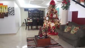 Casa En Venta En Maracaibo, Santa Fe, Venezuela, VE RAH: 16-19661
