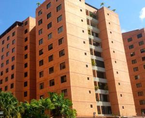 Apartamento En Venta En Caracas, Colinas De La Tahona, Venezuela, VE RAH: 16-19666