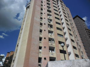 Apartamento En Venta En Valencia, La Trigaleña, Venezuela, VE RAH: 16-19668