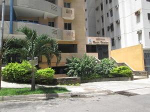 Apartamento En Venta En Valencia En Las Chimeneas - Código: 16-19675