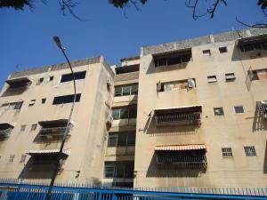 Apartamento En Venta En Caracas, Las Acacias, Venezuela, VE RAH: 16-19693