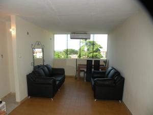 Apartamento En Venta En Ciudad Bolivar, Av La Paragua, Venezuela, VE RAH: 16-19696