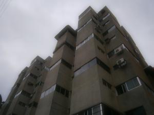 Apartamento En Venta En Caracas, El Recreo, Venezuela, VE RAH: 16-19710
