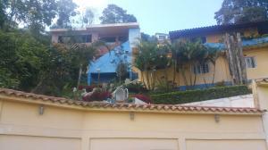 Casa En Venta En Caracas, El Junquito, Venezuela, VE RAH: 16-19709