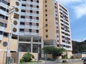 Apartamento En Venta En Municipio Naguanagua, Tazajal, Venezuela, VE RAH: 16-19716