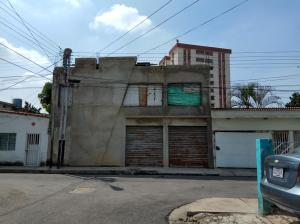 Local Comercial En Venta En Maracay, La Maracaya, Venezuela, VE RAH: 16-20064