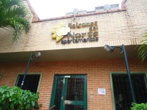 Apartamento En Alquiler En Municipio Naguanagua, La Granja, Venezuela, VE RAH: 16-19756