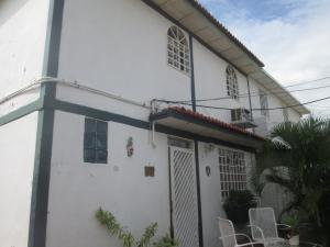 Casa En Venta En Maracaibo, San Jacinto, Venezuela, VE RAH: 16-19759