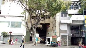 Oficina En Alquileren Caracas, Sabana Grande, Venezuela, VE RAH: 16-19771