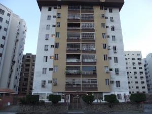 Apartamento En Venta En Valencia, Prebo Ii, Venezuela, VE RAH: 16-19779
