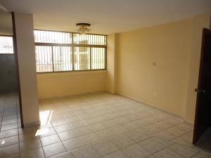 Apartamento En Venta En Maracaibo, Pomona, Venezuela, VE RAH: 16-19783