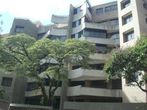 Apartamento En Venta En Caracas, Campo Alegre, Venezuela, VE RAH: 16-19804