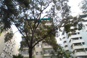 Apartamento En Venta En Valencia, Prebo I, Venezuela, VE RAH: 16-19829