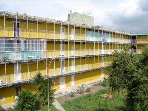 Apartamento En Venta En Maracay, Los Samanes, Venezuela, VE RAH: 16-19830