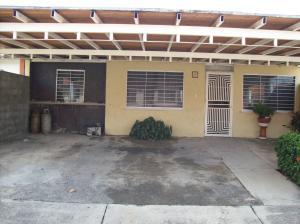 Casa En Venta En Acarigua, Lomas De Santa Sofia, Venezuela, VE RAH: 16-19838