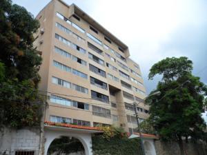 Apartamento En Venta En Parroquia Caraballeda, Caribe, Venezuela, VE RAH: 16-19842