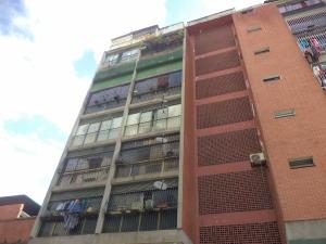 Apartamento En Venta En Caracas, San Jose, Venezuela, VE RAH: 16-19954