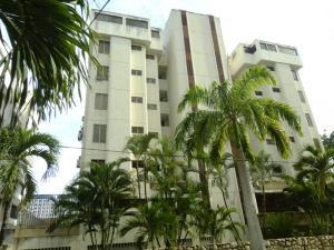 Apartamento En Venta En Parroquia Caraballeda, Caribe, Venezuela, VE RAH: 16-19860